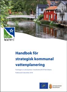 """Nu föreslås länsstyrelser och kommuner få ett större och tydligare ansvar för vattenplaneringen. Liksom det finns en grönplan i de flesta kommuner, kan vattnet nu få en """"blå plan""""."""